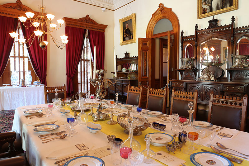 senate dining room. After the overthrow of monarchy  this room was used as Senate Chambers by Territory and later State Hawaii Dining Room Iolani Palace